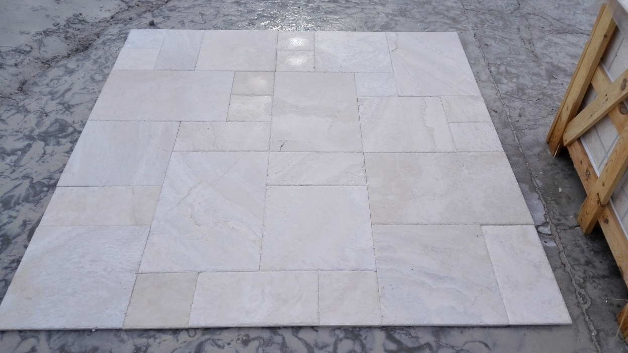 1,2 Pattern Set Navona Pearl Filled&Brushed Χseled Travertine Premium