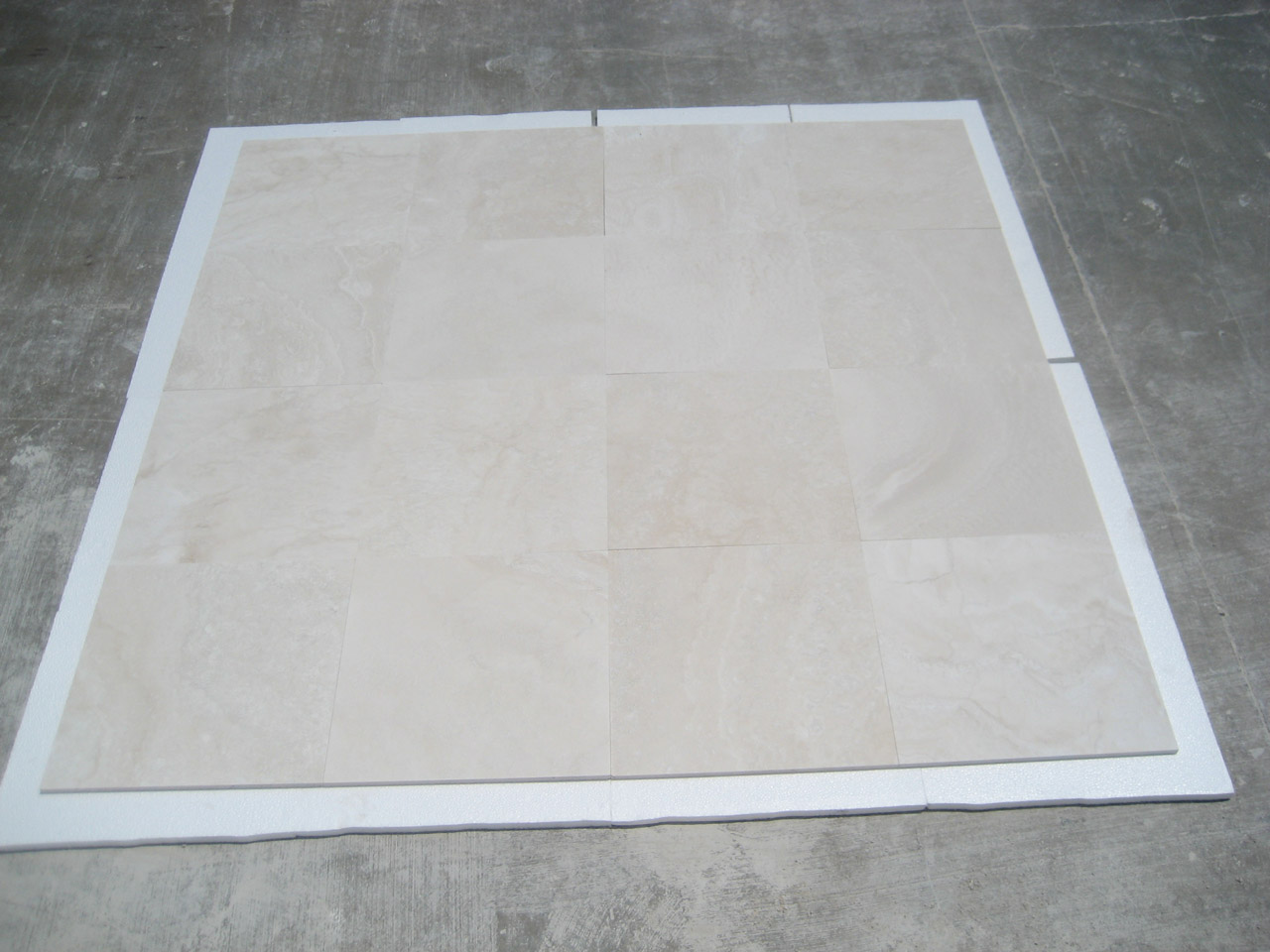 18x18 Navona Pearl F&H Travertine Premium 2
