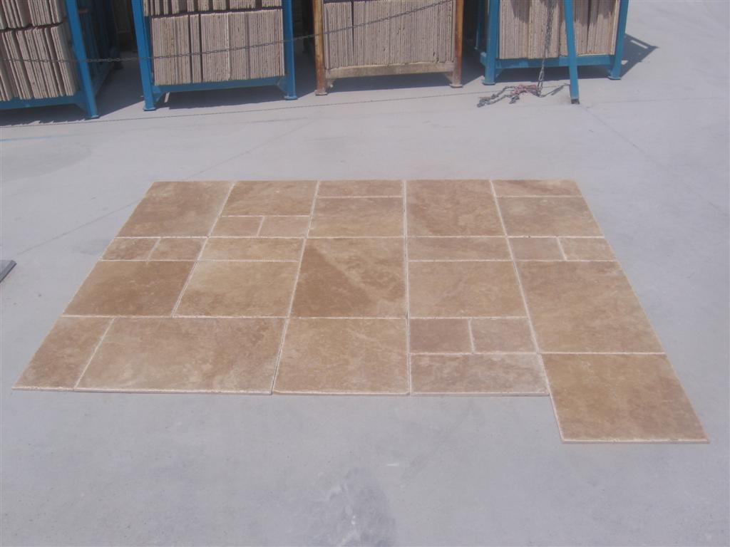 Light-Walnut-French-Pattern-Br-Ch-Travertine_Premium_1
