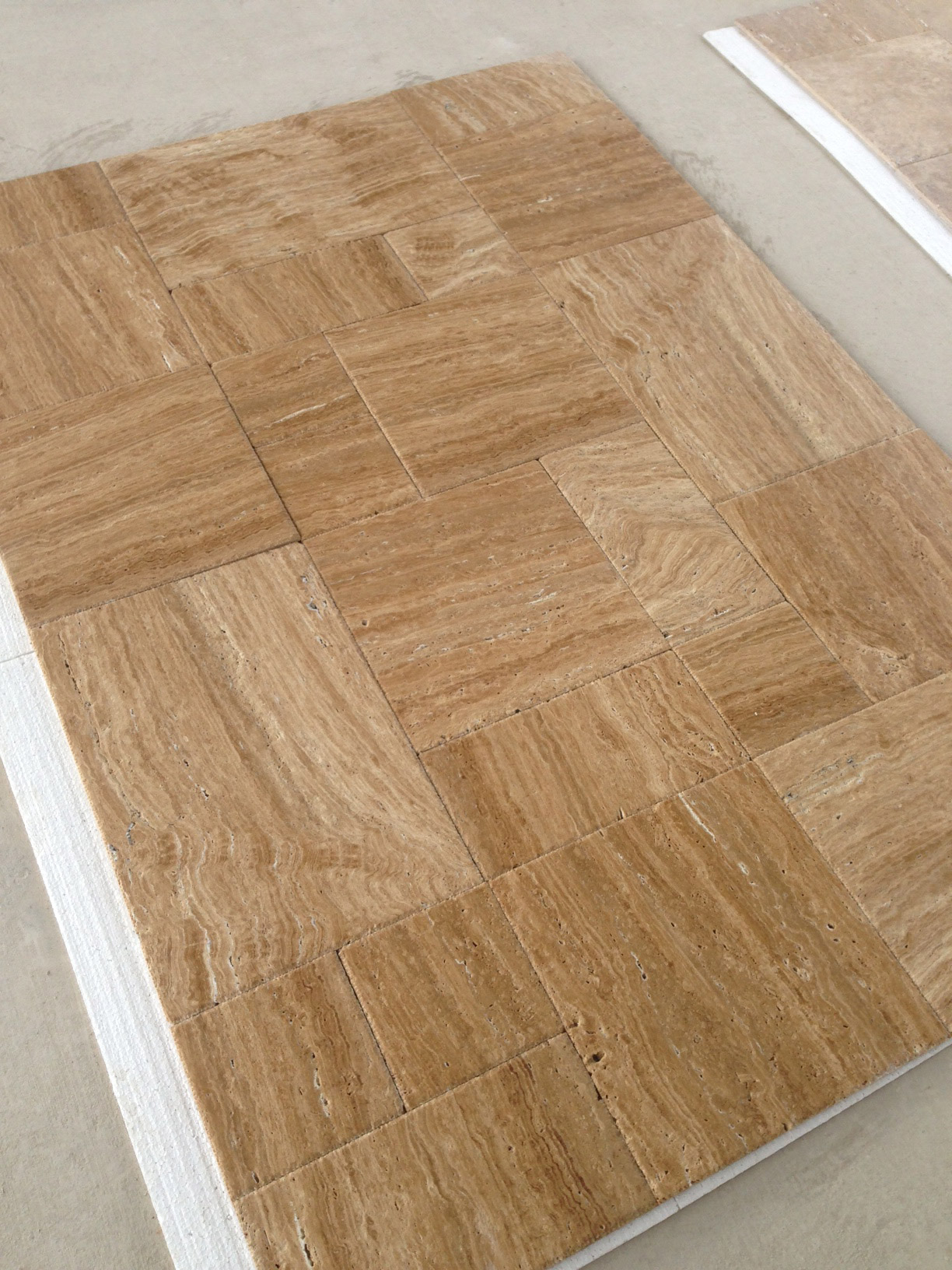 1.2cm-x-French-Pattern-Noce-VeinCut-Brushed-Chiseled-Travertine_Premium_1