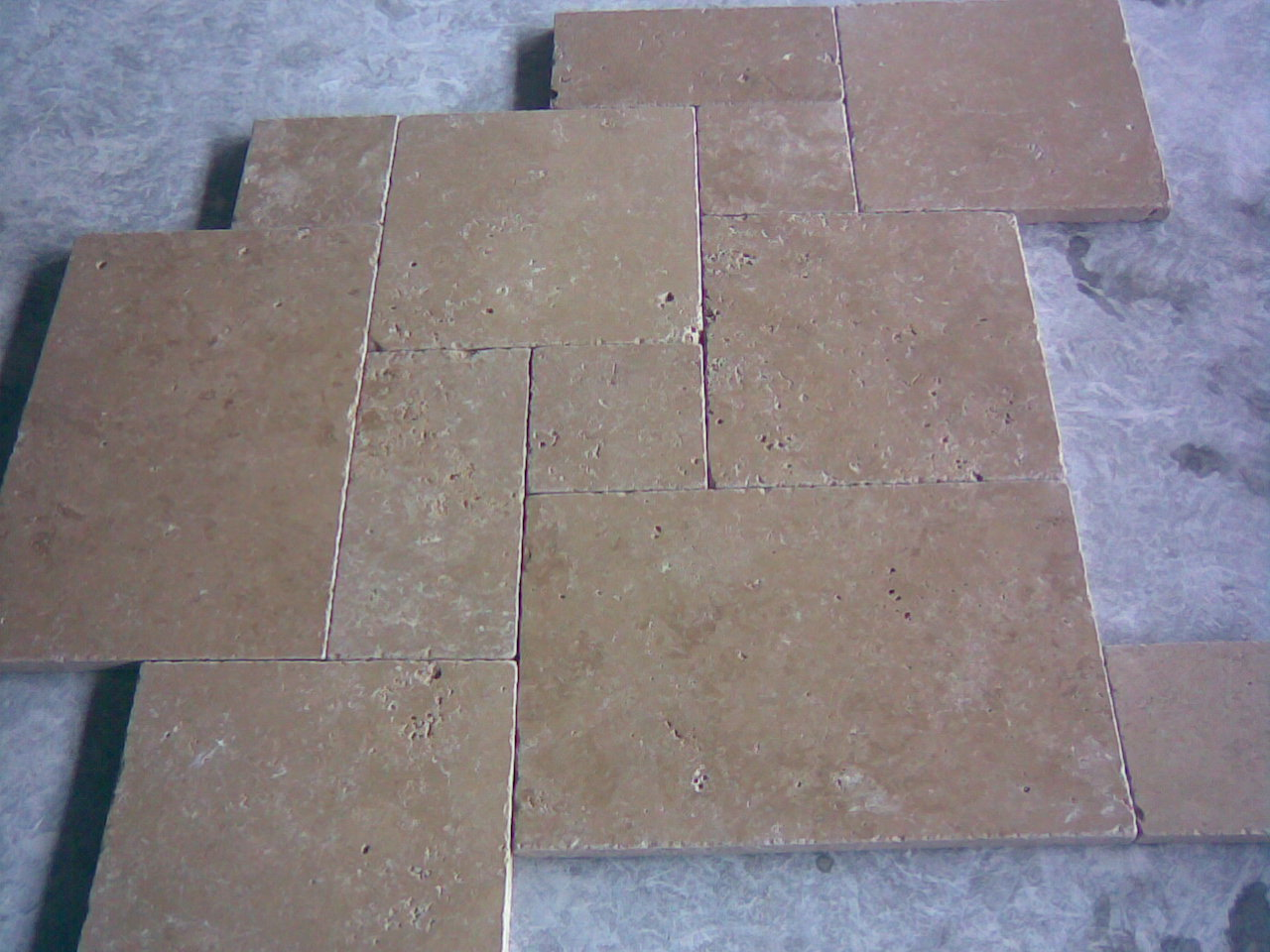 Noce-French-Pattern-Tumbled-Travertine-Paver