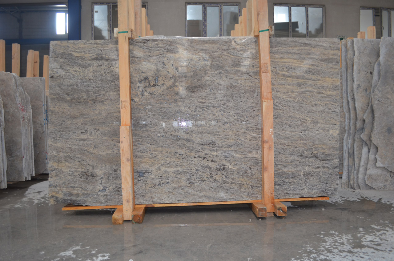 Silver-Travertine-VeinCut-Filled-Honed-Slab_Premium-3